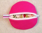 Circle earbud zippy zip pouch coin purse bright pink dot print