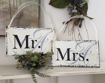 Mr. and Mrs. Wedding Chair Signs, Bride and Groom Chair Signs, Personalized Wedding Signs, 9 x 5 inches