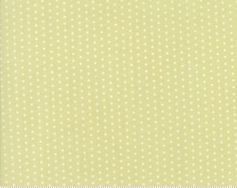 Darling Little Dickens (49008 13) Spring Pin Dot by Lydia Nelson