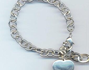 Men's/ Women's Vintage Bracelet . 8 inch/ 20 cm Chain . 10 mm Oval Links . Large Silver Color Heart . Heavy Metal Bracelet . Valentine's Day
