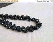 Super SALE Black Spinel Gemstone Smooth Pear Teardrop 8 to 9mm 25 beads Wholesale