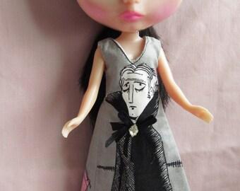 Long Grey Black Vampire Dress for Blythe with Sparkly Net Trim