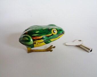 Vintage Metal Wind Up Toy Frog