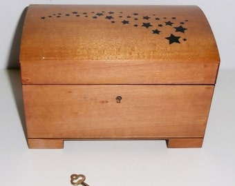 Wood Music Box with key