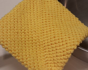 Pot Holder (One), Crocheted, Double Thick for Extra Protection -- Yellow