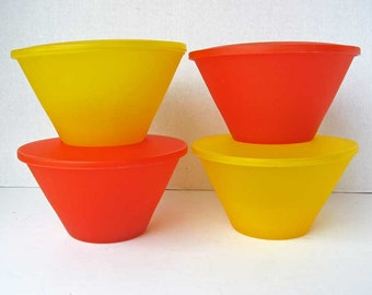 Set of 4 Vintage 1960's Mid Century Design Plastic Kitchen Storage Containers in Yellow and Orange, Unused, Minimal Style, Kitchen Decor
