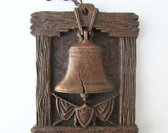 Vintage 1930's God Bless America OrnaWood Small Wall Hanger Plaque w Liberty Bell, Flag and Shield, Made in USA, Patriotic Plaque