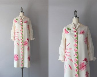 1960s Silk Dress / Vintage 50s 60s Pink Floral Shirt Dress / 60s Serbin Silk Dress