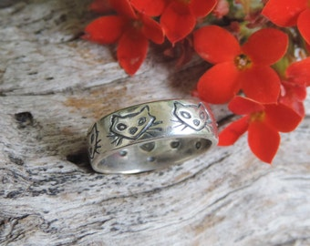 Vintage Cat Sterling Silver Band Ring- 5 cat faces