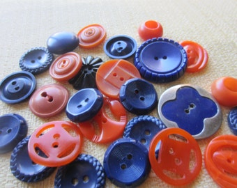 Vintage Buttons - Cottage chic mix of orange and navy  blue, lot of 26 old and sweet( feb 65b)