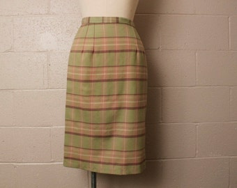 Vintage 1950's Highland Queen Virgin Wool Pastel Green Plaid Pencil Skirt XS