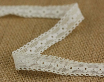 3 Yards of Vintage Floral Elastic Lace in Cream 0.5 Inches Wide