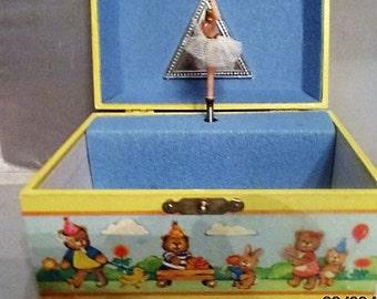 Yellow CHILD'S MUSICAL JEWELRY Box, Dancing Ballerina, Whimsical Animals
