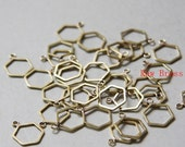 10pcs of  Raw Brass Hand Soldered Hexagon - Charm - Honey Comb - ONE Loop 12mm (3206C-N-261)