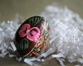Vintage Easter Egg, Russian Pysanky, Hand Decorated Wood, Intricate Design, Spring Decor, Easter Decoration, Ukranian Egg, Flower Design