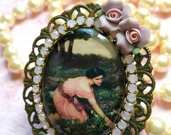 Gorgeous Preraphaelite glass cameo ring