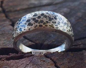 Pebble speckled tapered sterling silver ring band - unique Cosmo's Moon classic design