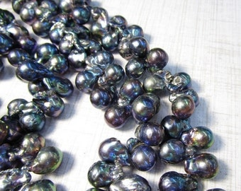25% Off SALE Peacock Baroque Cultured Pearl Gray Beads, Briolette 12mm Fantastic Color Indonesia