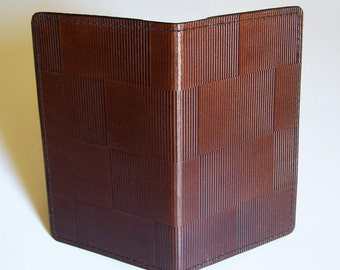Leather Checkbook Cover with Optical Block Design - Leather Checkbook Holder