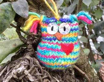Candice the Owl Handknit