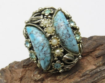 Big Vintage Ring Costume Jewelry Blue Pearl R7483