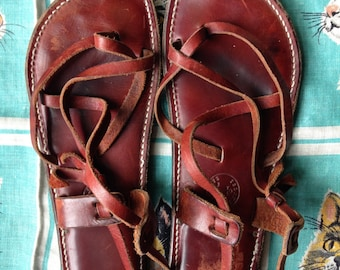 80's rich chestnut Island Sandals from Maui