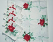 WINTER CLEARANCE Vintage WILENDUR Tablecloth & Napkins Red American Beauty Rose