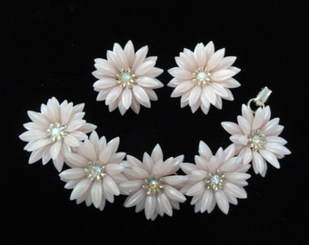 Vintage Coro Flower Bracelet & Earrings Set, Aurora Borealis Rhinestones Pink Floral Clip-On Earrings- 3-D Daisy Flowers- Vintage 1950s