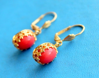 Vintage Earrings Coral Pink Gold Tone Dangle Lever Back