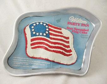 1776 American flag  1974 Wilton cake pan