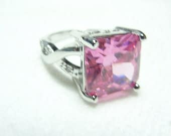 Sterling silver and pink topaz ring size 6.75