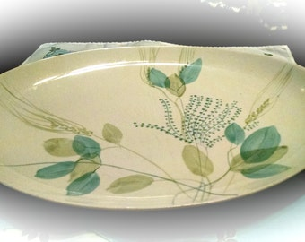 Red Wing Vintage True China Hand Painted Merrileaf Pattern Meat Platter Serving Dish