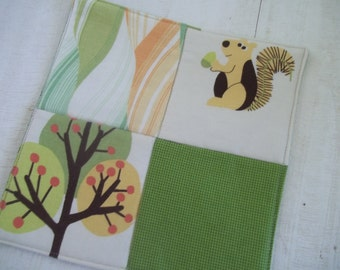 Modern Pot Holder, Woodland Squirrel, Modern Trees