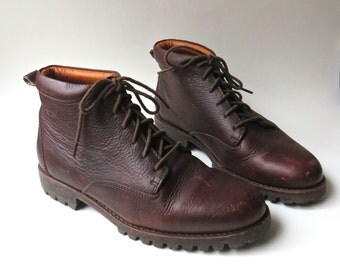 Rugged vintage Timberland Russet Brown Leather Ankle Boots / made in Portugal