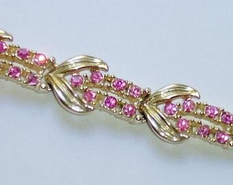 "Vintage CORO Bracelet Pink Rhinestones Link Bracelet 7"" - Light Gold Tone Metal"