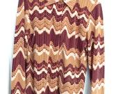 womens brown BCBG zig zag button top 90s cool shirt