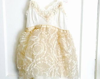 All vintage womens bubble baby doll alternative wedding dress special occasion bridal eco friendly offbeat bride