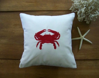 free shipping / embroidered crab pillow / summer / beach / ocean / nautical / red / white canvas / cushion / embroidery /