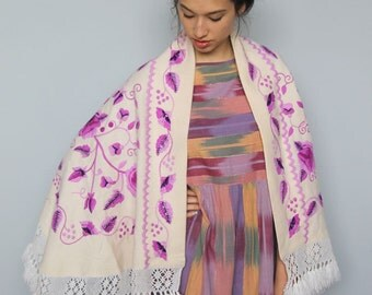 oaxacan shepherdess cape -- vintage 70s wool poncho cape with floral and sequin details OSFA
