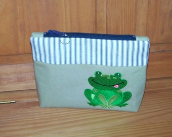 Frog Zippered Pouch
