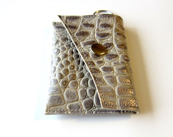 Leather Keychain Wallet - Coin Case Cash Cards - Two Color Decorative Textured Leather