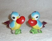 RARE Vintage Norcrest Blue Bird Love Birds w/ Hearta Lefton Bluebirds Salt and Pepper Shakers Figurines CUTE