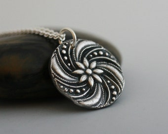 Circle Sterling silver Necklace, silver medallion necklace, Medium size coin pendant,  Medallion pendant, Anemone necklace
