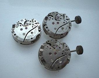 3 vintage steampunk partial watch movements (L9)