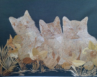 Cats Handmade with rice straw ORIGINAL art. Three CATS thousands of tiny pieces of leaves of rice plant to create this unique art. Great art