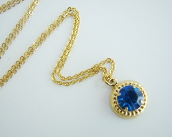 Vintage pretty gold necklace with sapphire blue crystal (S13)