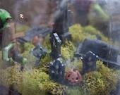 Mini graveyard Terrarium kit cemetery accessories miniatures diy moss creepy spooky mason jar vampire coffin graves skull bones pumpkin