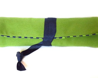 fabric pen roll - apple green and navy blue - 8 slots for markers, pens, pencils, brushes, and more