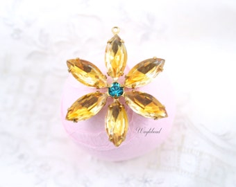Fused Color Topaz Jonquil & Blue Zircon Flower Pendant with Vintage Stones in Brass Setting 35mm
