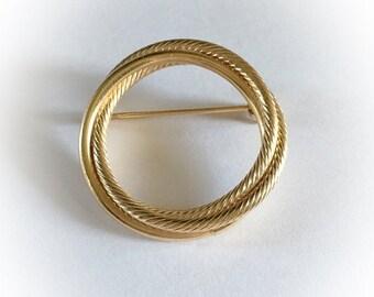 ON SALE Vintage Gold Tone Metal Hoop Brooch